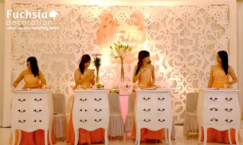 Fuchsia decoration wedding decoration event decoration indonesia joie de vivre wedding junglespirit